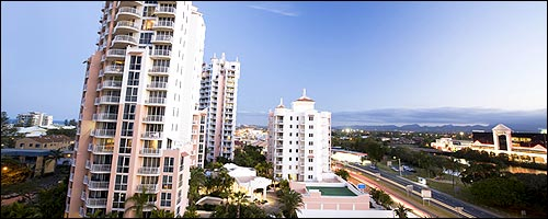 Travel to Broadbeach with our Gold Coast car rental service.