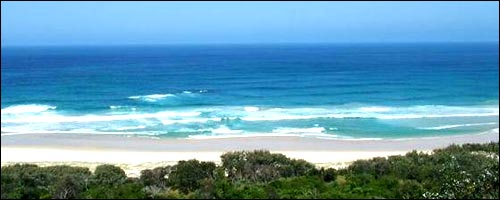 Explore North Stradbroke Island with our Brisbane car hire service.