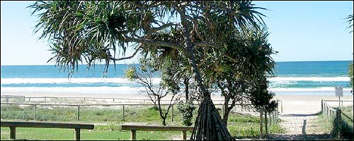 Travel to Tugun with our Coolangatta Airport car rental service.