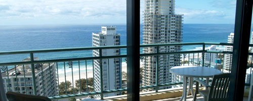 Compliment your stay at Surfers Pacific Towers Apartments with our Gold Coast car hire.